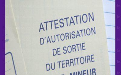 Rétablissement de l'autorisation de sortie du territoire pour tous les mineurs